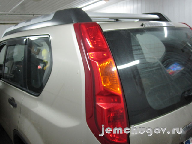 Nissan Extrail  2008